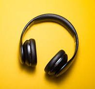 Reasons You Should Bring Headphones To Work